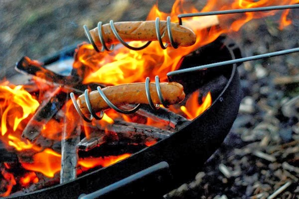 Camping equipment to roast sausages