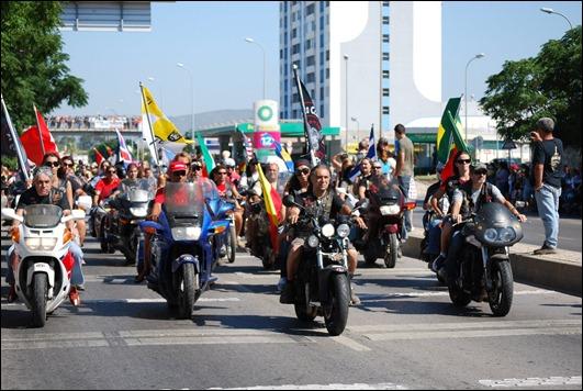 desfile de motards faro