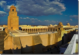 800px-Kairouan_Mosque_Stitched_Panorama