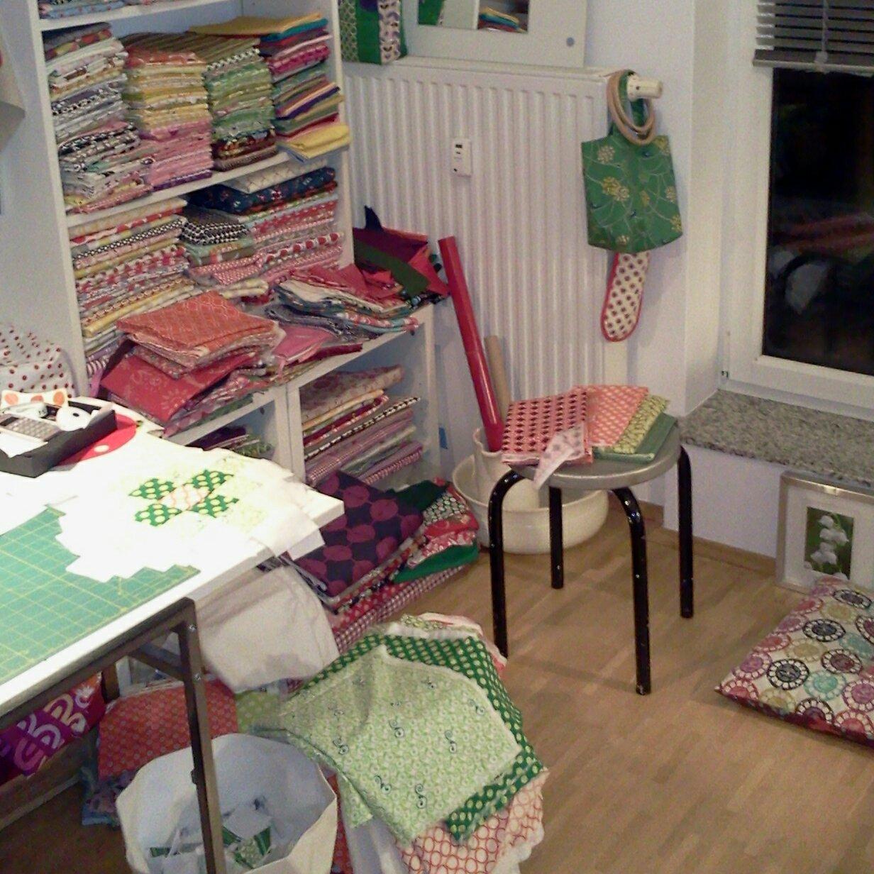 machen und tun honestsewingroom. Black Bedroom Furniture Sets. Home Design Ideas