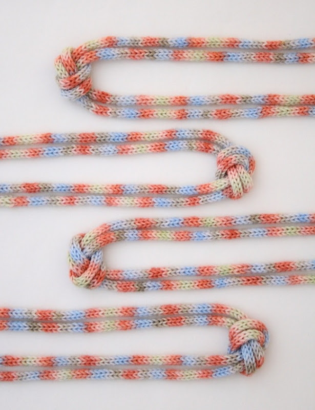 knitted knotted necklace 4c