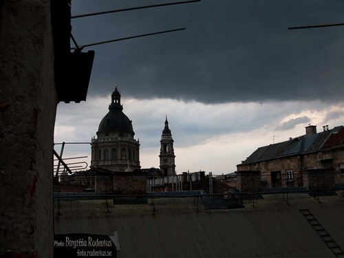la_20110601_roof
