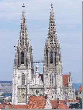 450px-StPeter_Regensburg