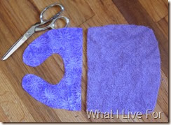 Fold & Snap Bib: Cut out pieces