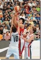 姜鳳君的身高優勢讓對手在禁區防不勝防