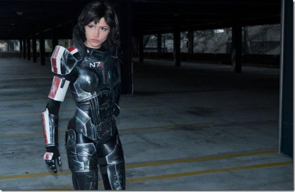 mass-effect-cosplay-3