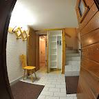 chalet Le P'tit Grenier - Hall d'entrée, accès au rez-de-chaussée et au premier étage