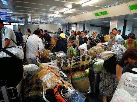 04. Aeroport Taskent.JPG