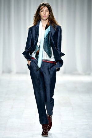 London Fashion Week - Paul Smith (Spring 2012) 31