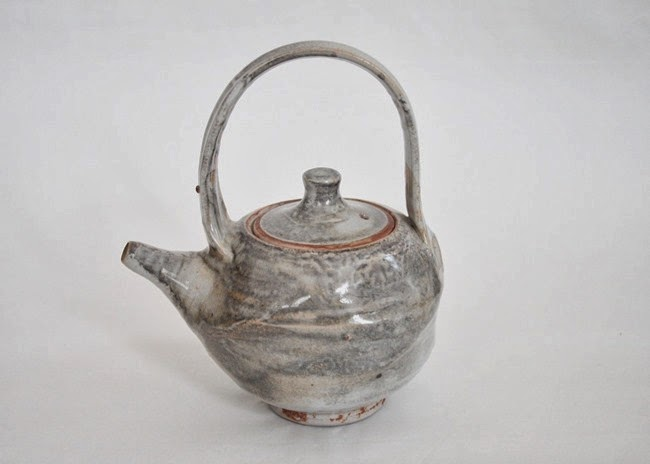 Nezumi shino teapot by Peter Accadia 1