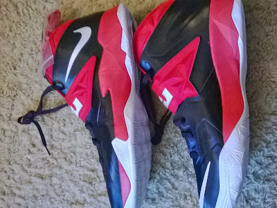 nike zoom soldier 7 pe black red white 1 04 Nike Zoom Soldier VII   Miami Heat Home and Away PEs