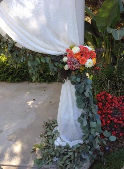floral tie back1381959_10201710842967047_383975367_n fleurie