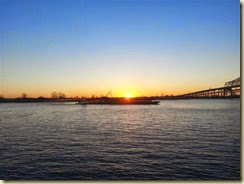 20140313_Dawn and the Mississippi (Small)