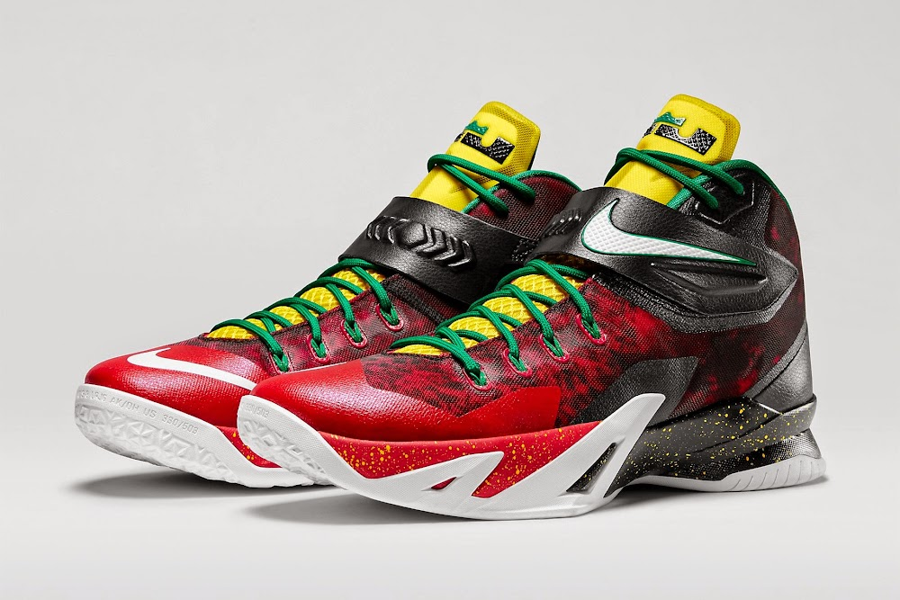 a1bf2542d7d1 Detailed Look at Nike Zoom Soldier VIII Premium aka 8220Christmas8221 ...
