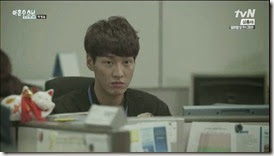 Plus.Nine.Boys.E01.mp4_003455133_thumb[1]