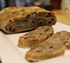 sourdough-rye-raisins-cranberries_208