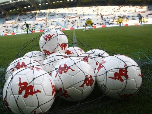 Ballons de football.