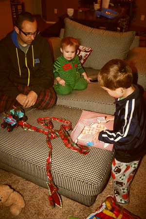 Christmastime begins 2011 057