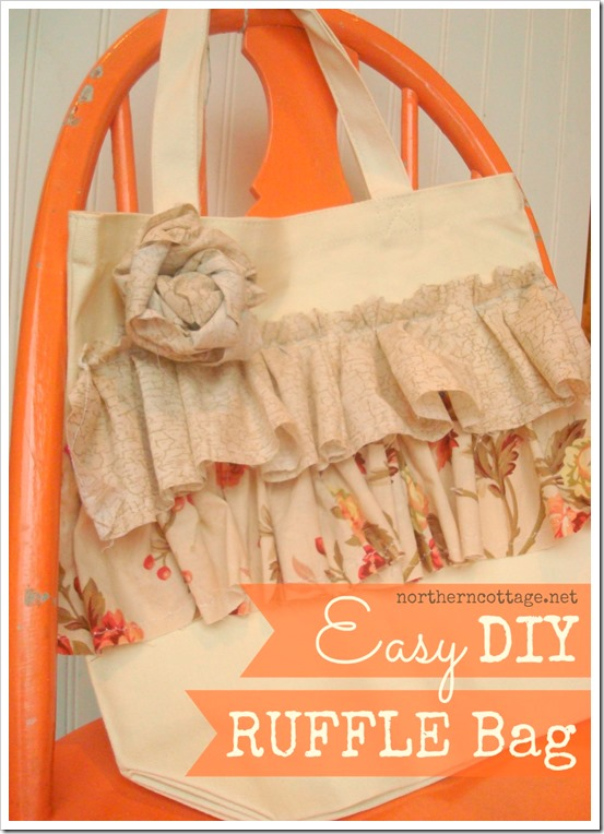 ruffle tote bag @ NorthernCottage.net
