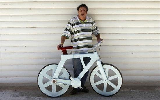 Bicicleta de papelão 10