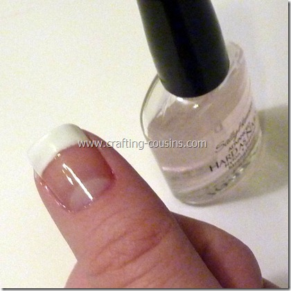 DIY french tip nails (1)