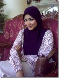 ayu-raudhah-bertudung