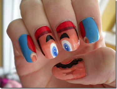 epic-nail-art-mario-face