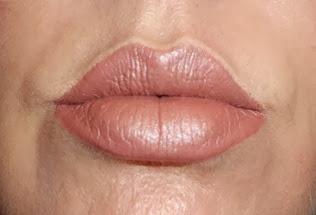 shu uemura lipstick_topaz beige