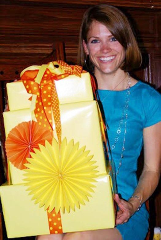 gift wrap bridal shower HP