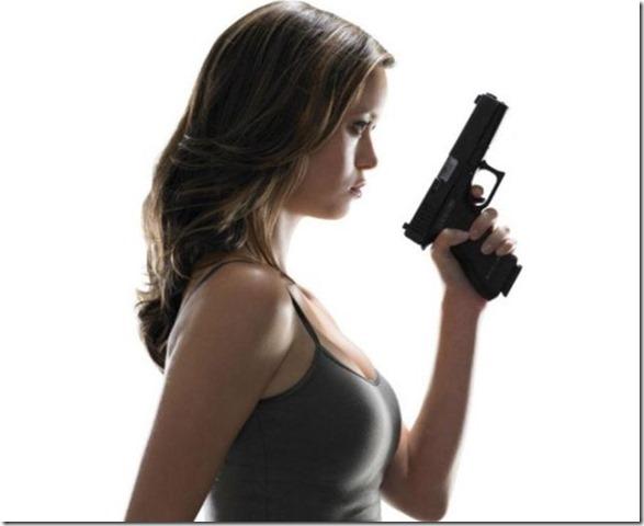 hot-women-guns-11
