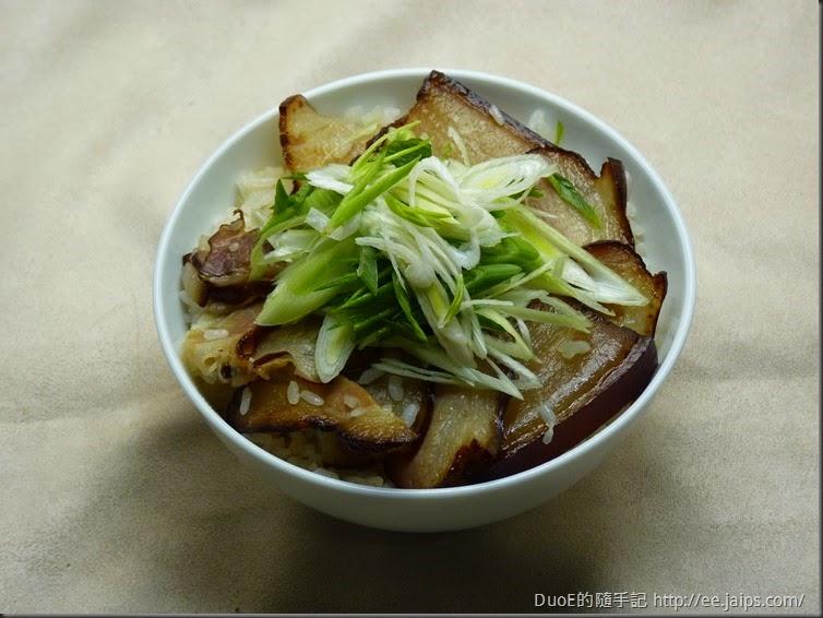 電子鍋臘肉飯