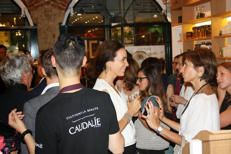 Beauty / Make-Up: Caudalie boutique in Brera