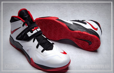 nike zoom soldier 7 xx the game plan by champs 1 02 The Game Plan by Champs   Nike Zoom Soldier VII Collection