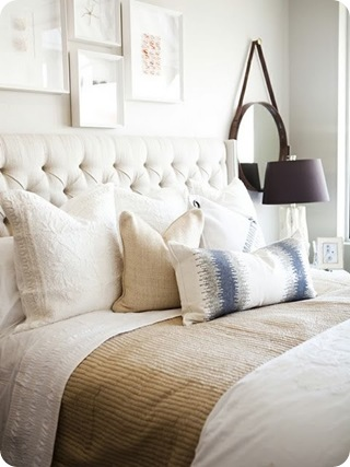 white walls bedroom