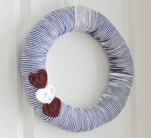 Easy Valentine's Crochet Heart Wreath
