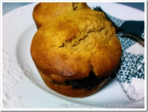 MaggieLamarre-Banana-blueberry-cupcake