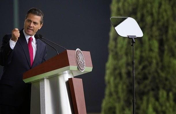 Peña Nieto cierra gira en Reino Unido en capital petrolera británica
