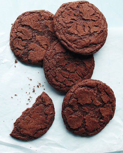 Turn regular cookies into Mexican Hot-Chocolate Cookies with a touch of cayenne pepper. (marthastewart.com)