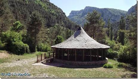 Nivera - sendero de los oficios - Burgui