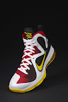 nike lebron 9 pe mvp 1 01 Unreleased Nike LeBron 9 MVP   Black Midsole Sample