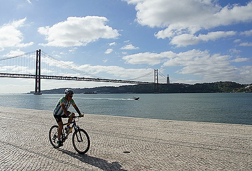 ponte 25 de abril.2