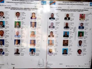 L'une des listes des candidats aux législatives affichées sur le mur d'un bureau de dépôt de candidatures(Ceni) à Goma, RDC. MONUSCO/ Ph.  Myriam Asmani