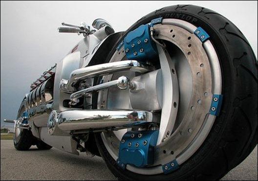 dodge-tomahawk-wheel