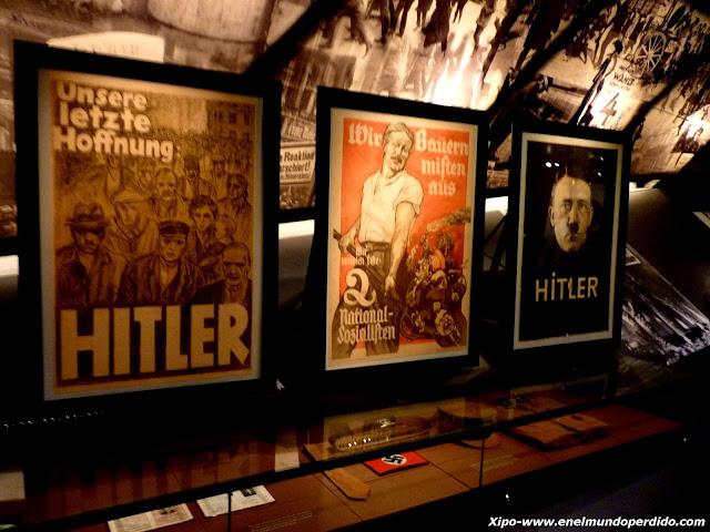 carteles-nazis-hitler.JPG