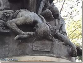 Paisano muerto - Monumento al pueblo del Dos de Mayo - Madrid