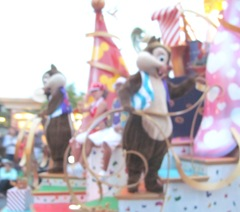 Disney trip Movers Shakers parade chip n dale float