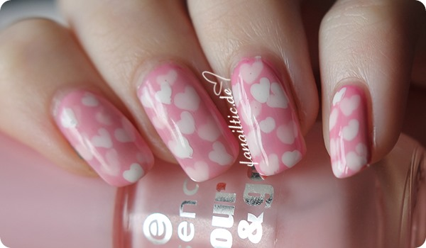 heart pond nails