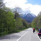 Дальше мы решили изменить маршрут и пройти еще одно интересное горное препятствие - перевал Пхия. Прекрасная дорога туда вела через Архыз.