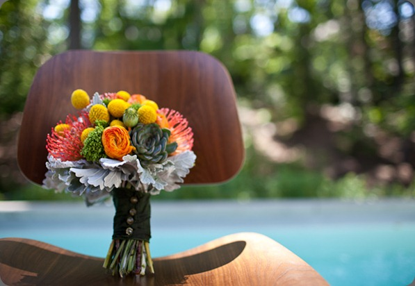 modern-billy-ball-bouquet floral images and the sweetest occasion