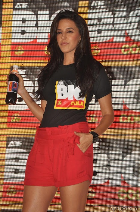 Neha Dhupia Hot Pics in Short Red Pants 1